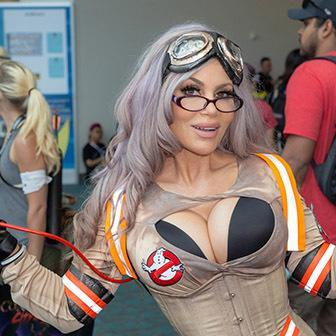 Mix 40 Of The Hottest Female Cosplay Costumes From The 2018 San